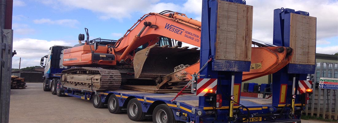 Plant Hire - Wessex Demolition - Volvo FH520 Low Loader